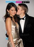 Stare zdjęcie Seleny Gomez i Justina Biebera najpopularniejsze na Instagramie