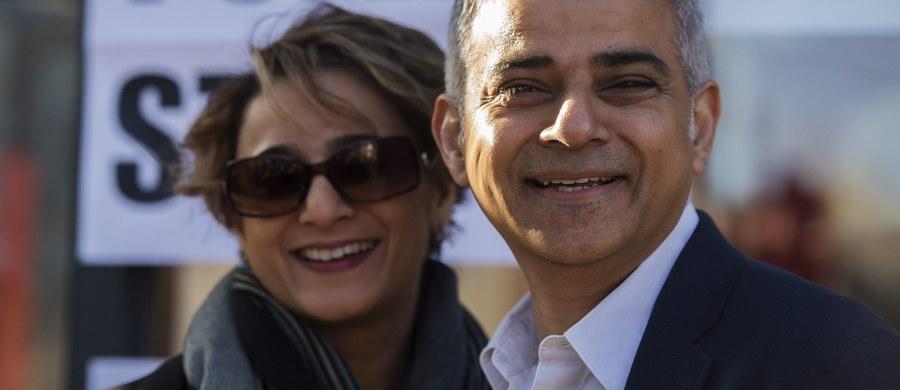 Podczas składania przysięgi w katedrze w dzielnicy Southwark nowy włodarz Londynu Sadiq Khan zapewnił w sobotę, że chce być burmistrzem wszystkich londyńczyków. Deklarację, że chce stać na czele dostępnej i przejrzystej administracji zebrani przyjęli owacją.