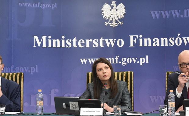 Międzynarodowy Fundusz Walutowy ostrzega Polskę przed ryzykowną polityką, która może zaszkodzić gospodarce. Ekonomiści Fundusz przedstawili dziś raport ze swojej wizytacji w Polsce.