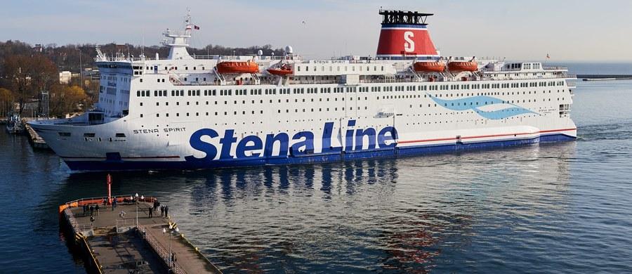 Szwedzki armator promowy Stena Line zrezygnował z wymogu podpisywania przez Polaków oświadczeń, że będą się właściwie zachowywać podczas rejsów rozrywkowych z Gdyni do Karlskrony. Według Stena Line podczas rejsów rozrywkowych na promach do Szwecji dochodziło do zakłóceń ciszy nocnej.
