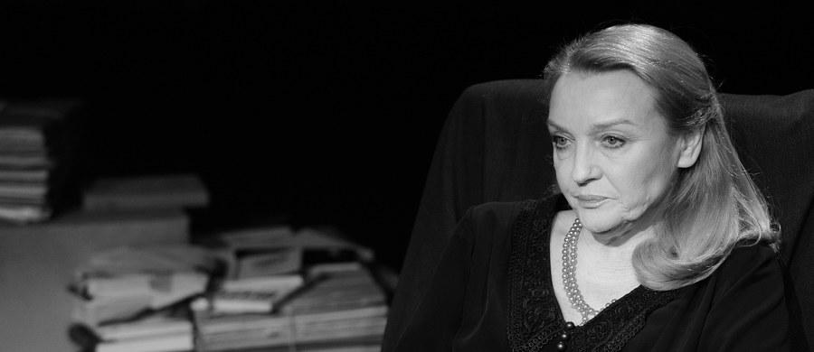 """Nie żyje Halina Skoczyńska - aktorka teatralna, filmowa i telewizyjna - podał serwis filmpolski.pl. W ostatnich latach widzowie mogli ją zobaczyć m.in. w nagrodzonej Oscarem dla najlepszego filmu nieanglojęzycznego """"Idzie""""."""