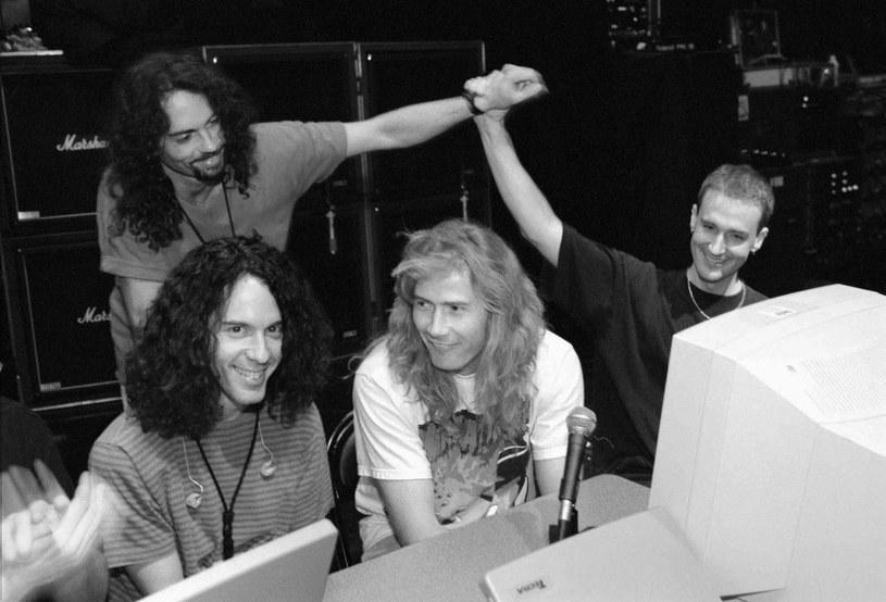 W sobotę (21 maja) zmarł Nick Menza, były perkusista Megadeth. Muzyk na skutek niewydolności serca przewrócił się na scenie podczas występu ze swoim zespołem OHM.