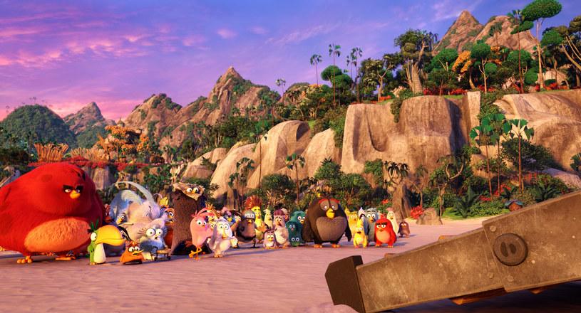 """""""Angry Birds Film"""" - pełnometrażowa animacja opowiadająca o bohaterach znanych z popularnej gry dostępnej na komputery, konsole i smartfony - zadebiutuje na ekranach polskich kin w piątek, 27 maja."""