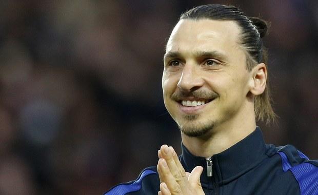Zlatan Ibrahimović to kapitan piłkarskiej reprezentacji Szwecji i najpopularniejsza osoba w tym kraju. Jego sława nie zrobiła jednak wrażenia na grupie przedszkolaków spotkanych w Sztokholmie. Zamiast wybrać się z gwiazdorem na trening drużyny narodowej, maluchy wolały… pójść na plac zabaw.