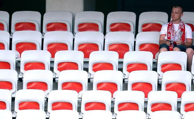 Piłkarskim Euro 2016 zainteresowali się cyberprzestępcy. Jak ostrzega reporter RMF FM Grzegorz Kwolek, w sieci właśnie pojawiły się strony, oferujące nieistniejące bilety na najbliższe mecze mistrzostw Europy. Można stracić nie tylko szansę na obejrzenie meczu, ale także pieniądze.
