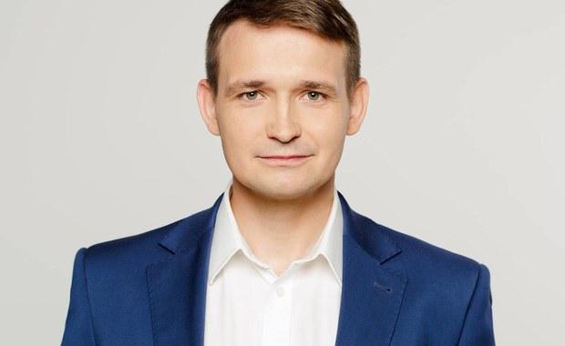 Dotychczasowy poseł Platformy Obywatelskiej Michał Jaros przeszedł do klubu Nowoczesnej - poinformował Adam Szłapka, poseł .N. To oznacza, że od dziś klub Nowoczesnej liczy 30 posłów.