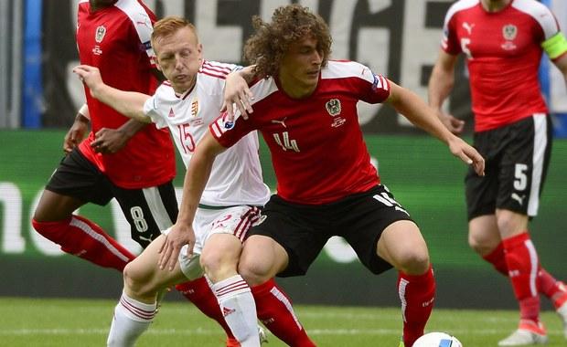 Reprezentacja Węgier pokonała drużynę Austrii 2:0 na mistrzostwach Europy we Francji! Obie bramki padły w drugiej połowie spotkania we francuskim Bordeaux, a na listę strzelców wpisali się kolejno Adam Szalai i Zoltan Stieber. Dla obu drużyn był to pierwszy występ w turnieju.