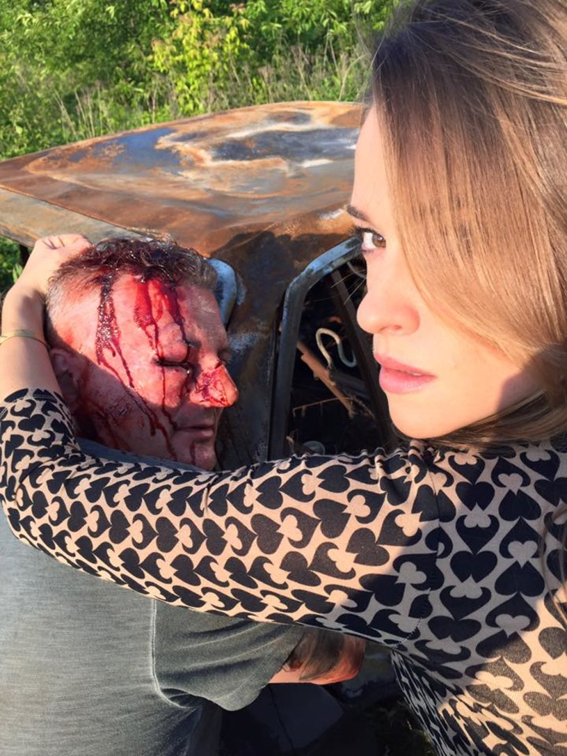 """Patryk Vega poinformował na Facebooku, że we wtorek, 28 czerwca, zakończyły się zdjęcia do do filmu """"Pitbull. Niebezpieczne kobiety""""."""