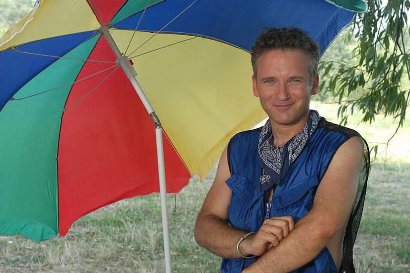 """Jarosław Kret już nie opowie o pogodzie po """"Wiadomościach"""". O zwolnieniu niezwykle lubianego przez widzów prezentera poinformowała na jednym z portali społecznościowych jego partnerka, Beata Tadla."""
