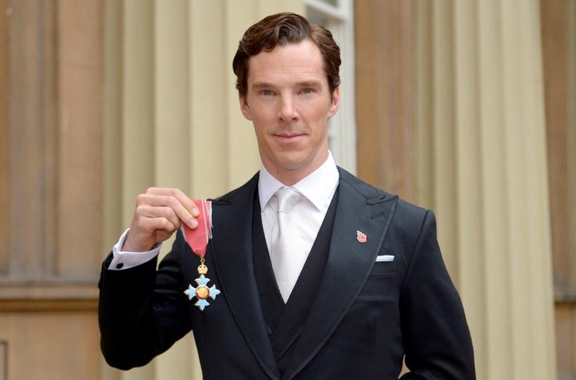 """Benedict Cumberbatch, uwielbiany przez fanów na całym świecie za rolę w serialu """"Sherlock"""", jest również wybitnym aktorem teatralnym. 14 lipca w wybranych kinach sieci Multikino będzie można go zobaczyć w tytułowej roli w retransmisji sztuki """"Hamlet"""" z National Theatre."""