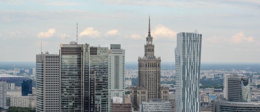 Premier Beata Szydło podpisała zarządzenie ws. wprowadzenia stopnia alarmowego ALFA w związku ze szczytem NATO, który odbędzie się w Warszawie - poinformował rzecznik rządu Rafał Bochenek. Pierwszy stopień alarmowy będzie obowiązywał tylko na terenie stolicy.