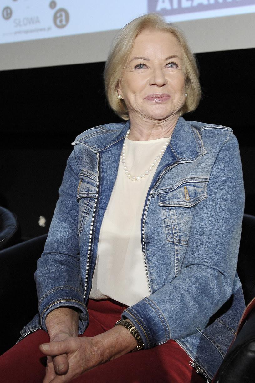 """Ruszyły zdjęcia do filmu """"Wnyki"""", będącego kontynuacją słynnego """"Znachora"""". Na planie pojawią się niemal wszyscy żyjący wciąż aktorzy znani z produkcji Jerzego Hoffmana sprzed ponad trzydziestu lat. Bożena Dykiel wcieli się w postać właścicielki pasmanterii, w której w """"Znachorze"""" pracowała grana przez Annę Dymną córka tytułowego bohatera."""