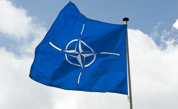 W sumie nawet kilkanaście tysięcy żołnierzy NATO może w ramach wzmocnienia flanki wschodniej stacjonować od przyszłego roku w Polsce. Są też rzeczy, których się nie udało osiągnąć podczas szczytu. Jak donosi korespondentka RMF FM z Brukseli AWACS-y i drony na razie nie są dla Polski. Początkowo Polska chciała, aby samoloty dostarczały informacji na temat tego, co dzieje się w Rosji.
