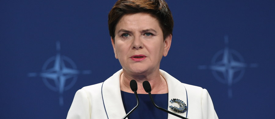 """Polacy nie płacą mi za interpretowanie, tylko za rządzenie i tym się zajmuję - tak premier Beata Szydło odpowiedziała na pytanie dziennikarzy o słowa prezydenta USA Baraka Obamy, który skomentował kwestię sporu wokół Trybunału Konstytucyjnego. Jak dodała, dzisiaj należy mówić o sukcesie szczytu NATO i to jest """"najważniejsza sprawa""""."""