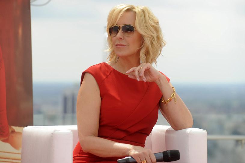 """""""Powołanie go ma charakter głównie polityczny"""" - mówi Agata Młynarska. """"Nominacji Marcina Wolskiego nie da się poważnie skomentować"""" - dodaje Hanna Lis. Od poniedziałku, 11 lipca, dyrektorem telewizyjnej Dwójki jest dziennikarz i satyryk Marcin Wolski."""