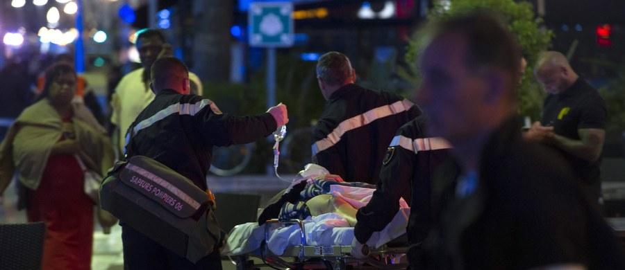 """""""Szok, płacz, krzyki i ludzie leżący na ziemi"""" - tak o wczorajszym ataku w Nicei mówi Aleksander Tagori, mieszkający w tym mieście Polak. W rozmowie z dziennikarką RMF FM Katarzyną Sobiechowska-Szuchtą opisał chwile grozy, jakie przeżyli przebywający na miejscu ludzie."""