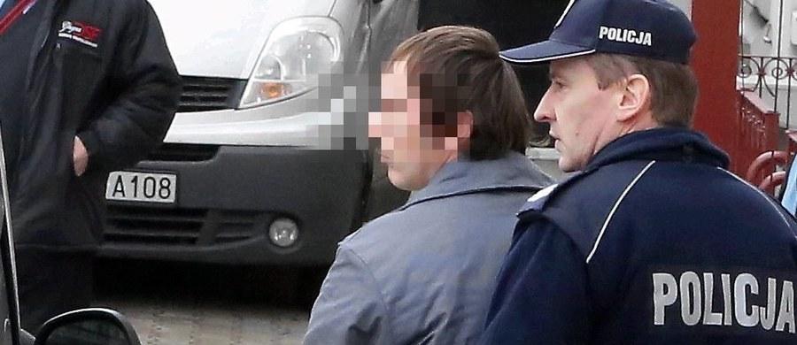 Prokuratura Okręgowa w Płocku oskarżyła 30-letniego Bartosza N. o zabójstwo dziennikarza z Mławy, 32-letniego Łukasza Masiaka. Do tragedii doszło w czerwcu 2015 r. Według śledczych zabójstwo nie miało związku z pracą dziennikarską Masiaka.