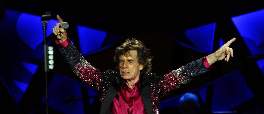 """Mick Jagger wkrótce zostanie ojcem - już po raz ósmy! Gwiazdor zespołu """"The Rolling Stones"""" ma 72 lata."""