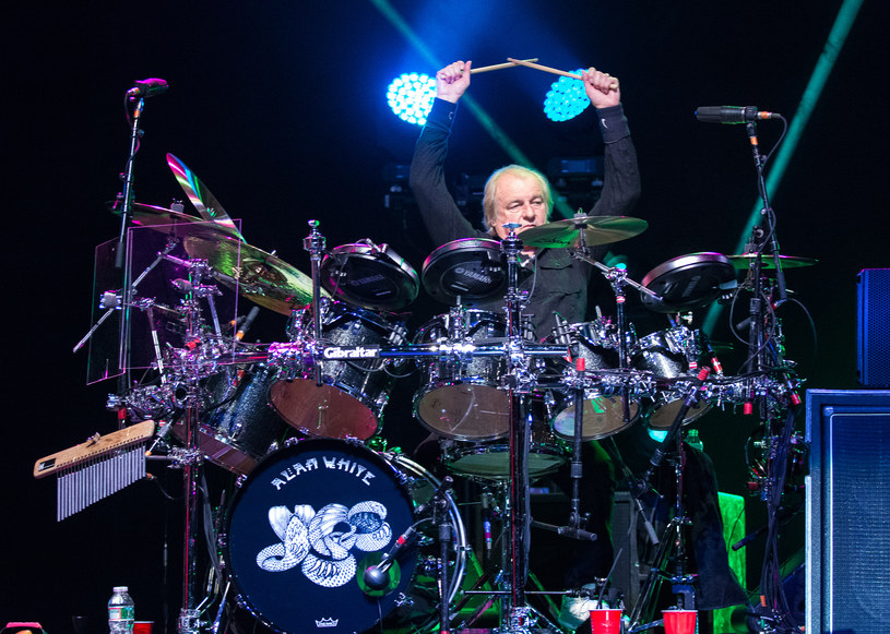 Na najbliższych koncertach w USA w składzie Yes wciąż zabraknie Alana White'a. Perkusista po operacji pleców wciąż nie odzyskał pełni formy.