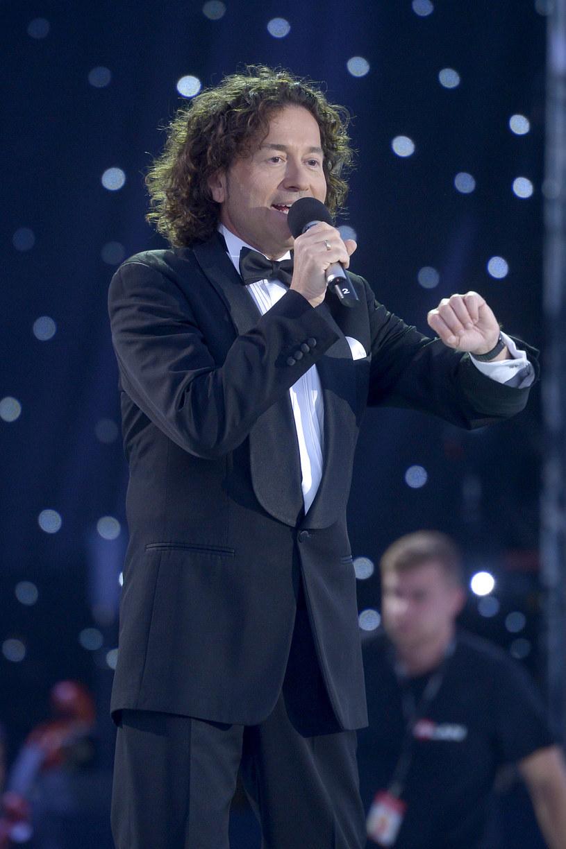 """Ponad 200 wykonawców wystąpiło na koncercie """"Wiara. Nadzieja. Miłość"""", który odbył się w Warszawie w ramach powitania uczestników Światowych Dni Młodzieży."""