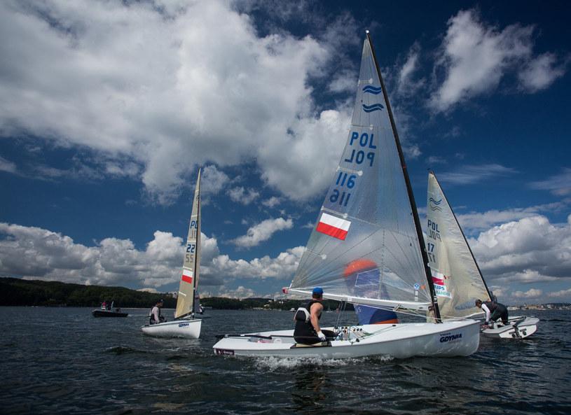 Doroczne regaty Volvo Gdynia Sailing Days to żeglarskie święto, które co rok zapewnia moc wrażeń i atrakcji nie tylko uczestnikom, ale także wypoczywającym w Trójmieście turystom. Udział w regatach to nie lada przeżycie.