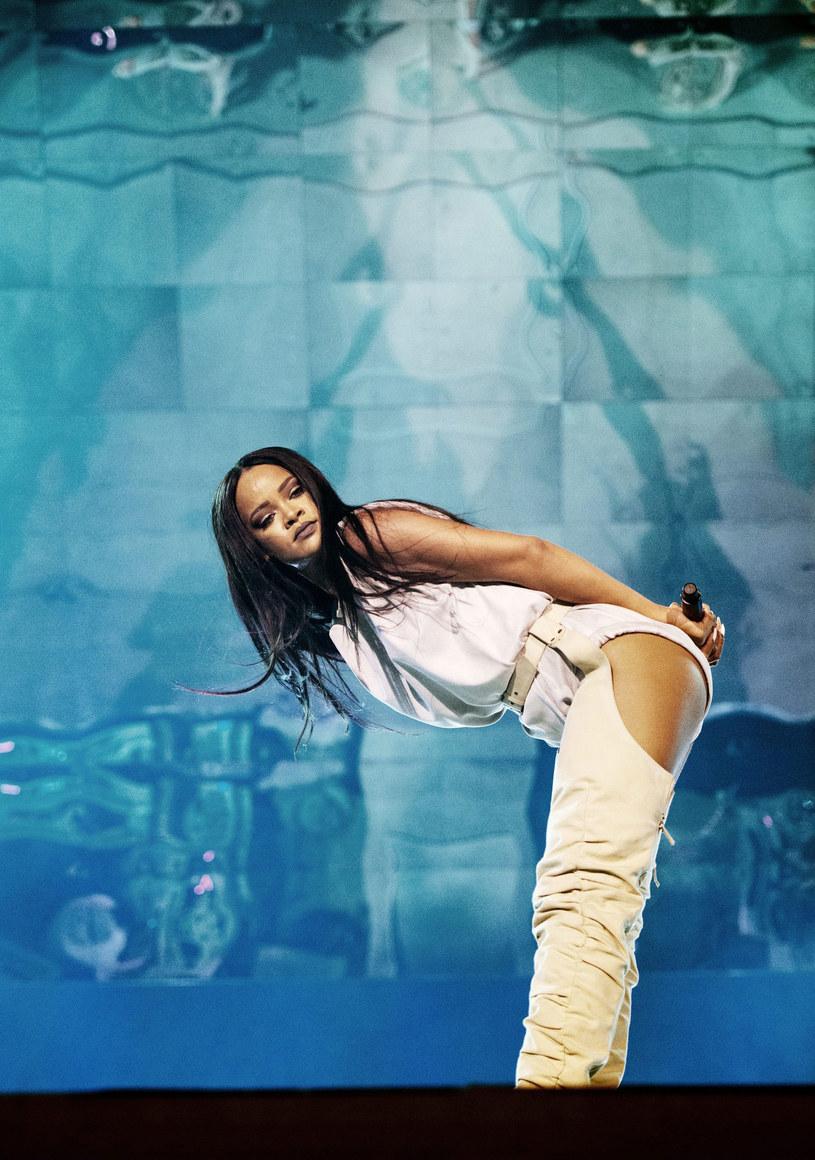 Pochodząca z Barbadosu wokalistka agresywnie zareagowała na próby łapania pokemonów na jej koncercie. Granie nie spodobało się również jednemu z fanów Beyonce.
