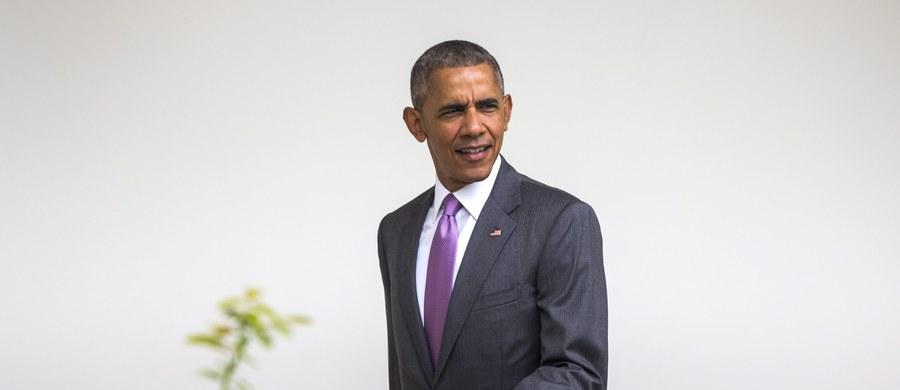Prezydent USA Barack Obama złożył telefonicznie kondolencje kanclerz Niemiec Angeli Merkel w związku z ostatnimi atakami terrorystycznymi w Niemczech. Przywódcy rozmawiali też o sytuacji na Ukrainie - poinformował Biały Dom.