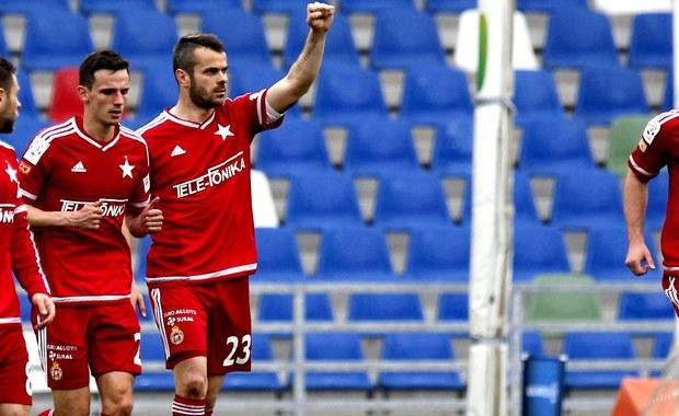 Wisła Kraków SA ma nowego właściciela. Jest nim Jakub Meresiński oraz współpracujący z nim Marek Citko, odpowiedzialny za działalność sportową - poinformował klub.