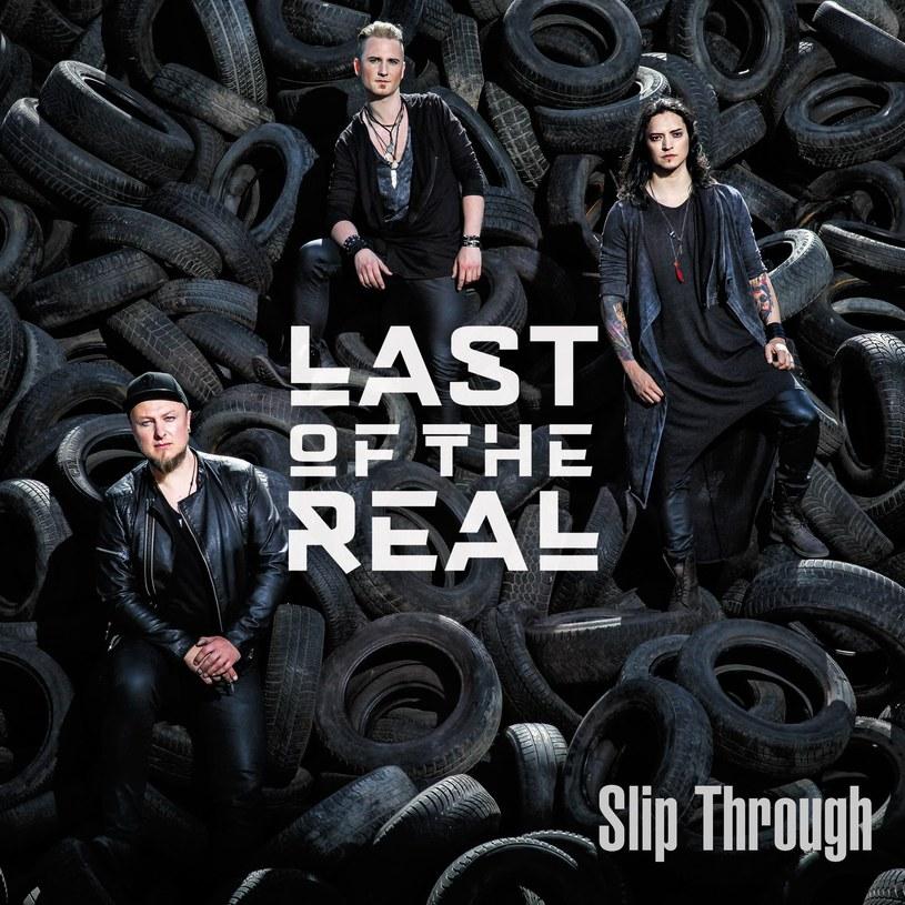 """Poniżej możecie zobaczyć debiutancki teledysk """"Slip Through"""" nowej rockowej grupy Last Of The Real, której wokalistą jest Juan Carlos Cano, pochodzący z Meksyku zwycięzca czwartej edycji """"The Voice of Poland""""."""