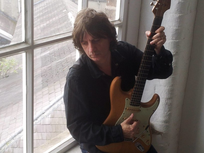Irlandzki wokalista i kompozytor Bap Kennedy ujawnił, że jest w terminalnej fazie raka. Lekarze nie mogą już pomóc 54-letniemu muzykowi.
