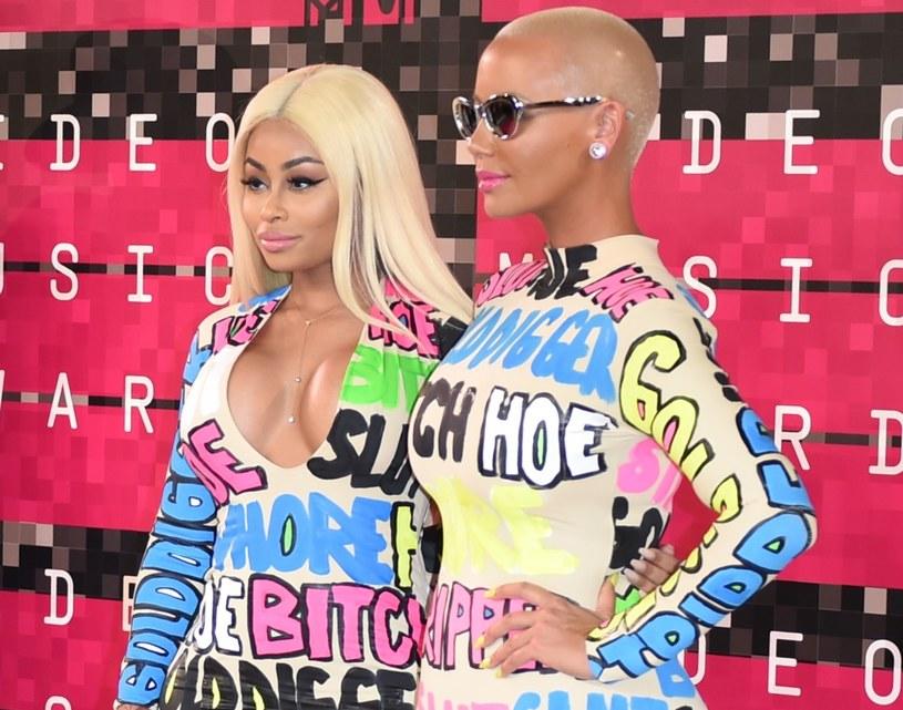 Video vixens to pojęcie, które oznacza dziewczyny znane z pokazywania się w teledyskach amerykańskich raperów. Część modelek i tancerek, po zdobyciu popularności w ten sposób, postanowiła działać na własną rękę i podbijać show-biznes.