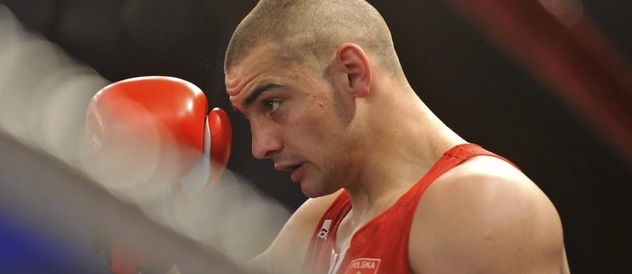 Igor Jakubowski przegrał z Brytyjczykiem Lawrencem Okolie jednogłośnie na punkty 28:29 w swoim pierwszym pojedynku w kategorii 91 kg w igrzyskach olimpijskich w Rio de Janeiro. Pięściarz Zagłębia Konin przegrał dwie rundy, a wygrał tylko ostatnią.