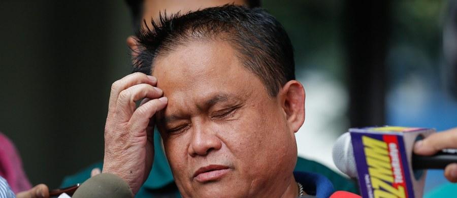 """Prezydent Filipin Rodrigo Duterte, który zapowiedział walkę z handlem narkotykami, publicznie wymienił z nazwiska 160 sędziów, burmistrzów, parlamentarzystów czy wojskowych zamieszanych według niego w narkobiznes. Dał im 24 godziny na oddanie się w ręce władz. """"Jeśli tego nie zrobicie, rozkażę siłom zbrojnym i policji, aby na was polowały"""" - oświadczył Duterte."""