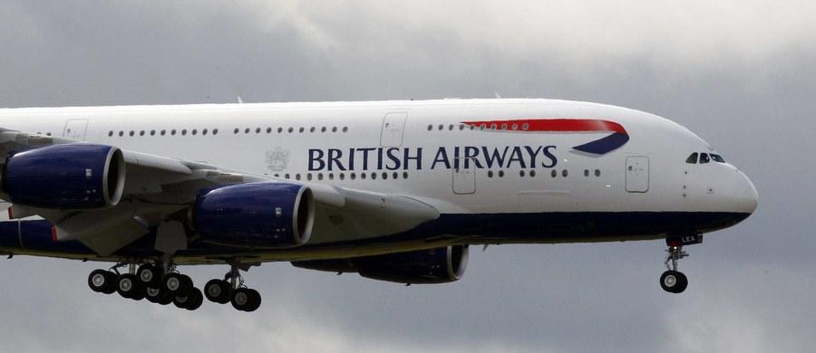 Pilot lądującego samolotu został oślepiony niebezpiecznym strumieniem światła. Samolot linii British Airways leciał z norweskiego Bergen na londyńskie Heathrow. Gdy znajdował się na niewielkiej wysokości nad stolicą Wielkiej Brytanii, jego pilot został oślepiony mocnym strumieniem lasera.