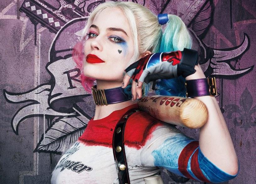 """Margot Robbie, jedna z gwiazd """"Legionu samobójców"""", wypowiedziała się na temat potencjalnej kontynuacji przeboju Davida Ayera oraz filmu poświęconego wyłącznie jej postaci - Harley Quinn. """"Robię, co w mojej mocy, żeby to się stało"""" - zadeklarowała 26-letnia aktorka."""