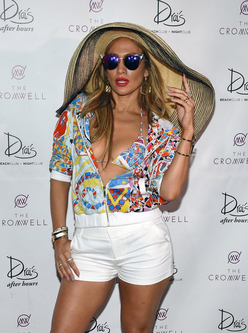 Jennifer Lopez znów sprawdzi się jako aktorka. Amerykańska wokalistka zagra w nowym filmie telewizji HBO. Gwiazda wcieli się w postać szefowej kartelu narkotykowego.