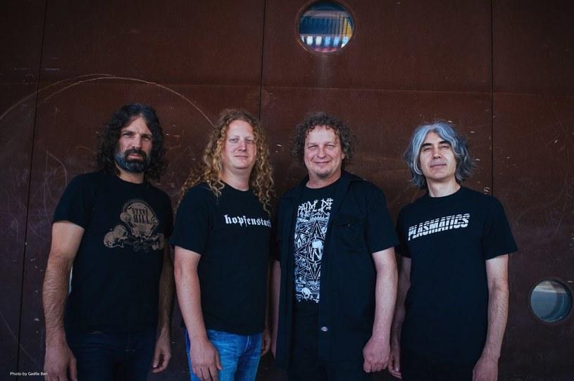 Weterani postępowego metalu z kanadyjskiego Voivod pojawią się na wspólnym materiale ze szwedzkim Entombed A.D.
