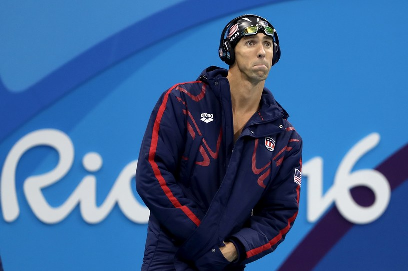 Zdjęcie wielokrotnego mistrza olimpijskiego w pływaniu, kiedy skupiał się przed ważnymi wyścigiem, obiegło sieć. Teraz wiadomo, jaka muzyka leciała w tym czasie w słuchawkach Michaela Phelpsa.