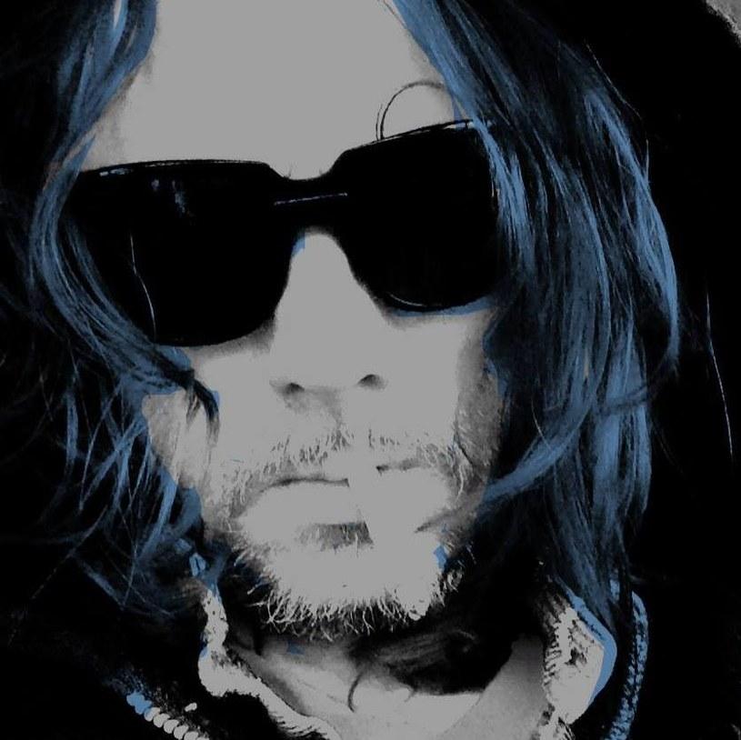 Były członek grupy Nine Inch Nails (lata 1991 - 1994), klawiszowiec James Woolley, zmarł w miniony weekend.