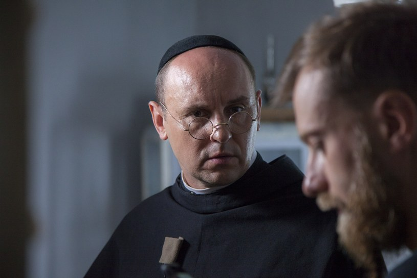 """19 sierpnia w Niepokalanowie rozpoczęły się zdjęcia do fabularyzowanego filmu dokumentalnego """"Dwie Korony"""" opowiadającego o św. Maksymilianie M. Kolbe."""