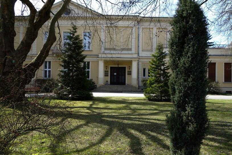 """Szkoła Filmowa w Łodzi ponownie znalazła się wśród 15 najlepszych szkół filmowych na świecie w rankingu amerykańskiego magazynu """"The Hollywood Reporter""""."""