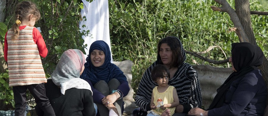 Rząd Danii zaproponował we wtorek uchwalenie ustawy, która umożliwiałaby policji odmawianie prawa wjazdu migrantom zamierzającym wystąpić o azyl. Policja mogłaby korzystać z takich uprawnień w sytuacjach kryzysowych takich, jak w 2015 roku, kiedy do Danii napływały tysiące migrantów.