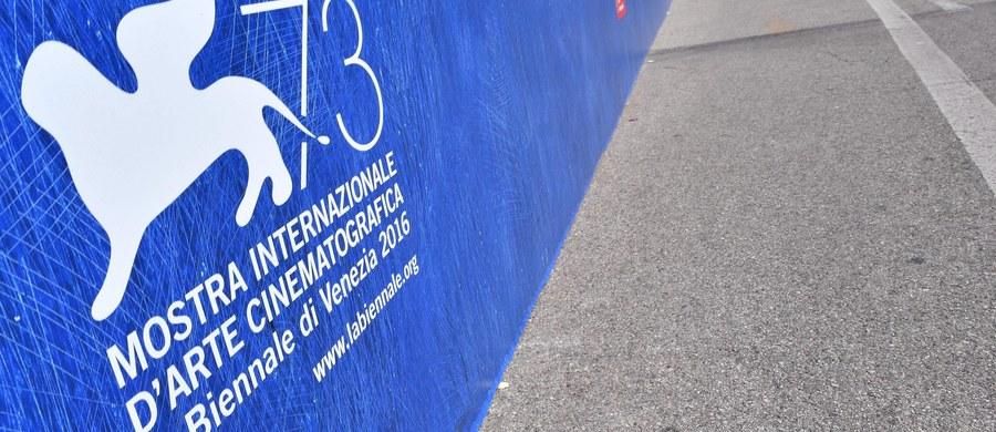 W Wenecji rozpoczyna się 73. festiwal filmowy. Podczas jego inauguracji reżyser Jerzy Skolimowski otrzyma Złotego Lwa za całokształt twórczości. Tej edycji święta kina towarzyszą żałoba po trzęsieniu ziemi we Włoszech i wyjątkowe środki bezpieczeństwa.