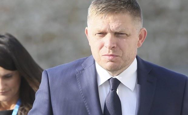 Węgry, Polska, Czechy i Słowacja są gotowe zawetować każdą ofertę ograniczenia prawa imigrantów do pracy w Wielkiej Brytanii, będącą następstwem Brexitu - ujawnił słowacki premier Robert Fico. W wywiadzie dla agencji Reutera zaapelował również o zniesienie sankcji UE wobec Rosji.