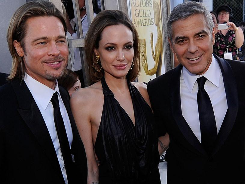 Wiadomość o rozwodzie Angeliny Jolie i Brada Pitta zaskoczyła nie tylko media i fanów jednej z najsłynniejszych par świata. George Clooney, który od lat przyjaźni się z Pittem, dowiedział się o rozpadzie jego małżeństwa od... dziennikarza CNN.