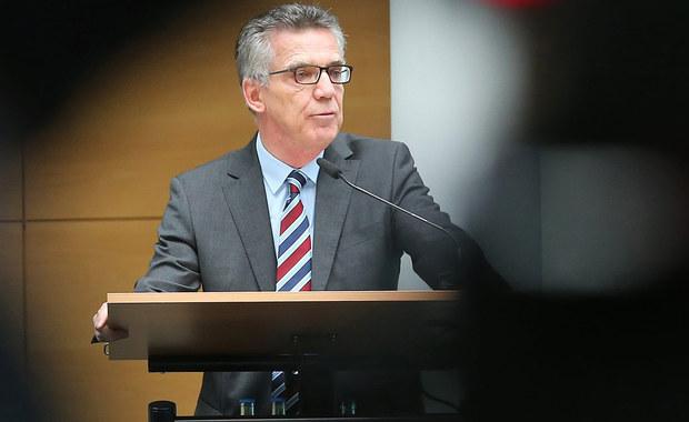 Niemiecki minister spraw wewnętrznych Thomas de Maiziere oświadczył, że nie spodziewa się, by powtórzyć się miała sytuacja z ubiegłego roku, gdy Niemcy doświadczyły masowego napływu migrantów. Opowiedział się też za utrzymaniem kontroli granicznych.