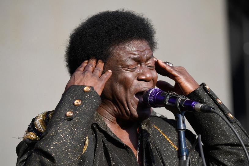 Charles Bradley odwołał najbliższe koncerty, ponieważ zdiagnozowano u niego raka żołądka.