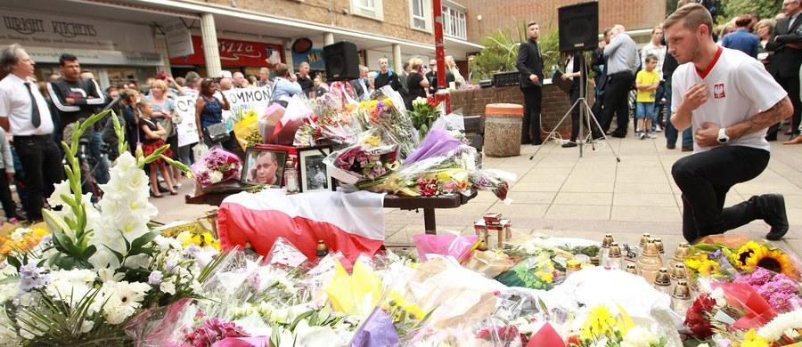 Policja w angielskim mieście Harlow powiadomiła, że ustaliła głównego podejrzanego w sprawie śmierci 40-letniego Polaka. Według źródeł PAP jest to 15-latek, którego zostanie postawiony zarzut nieumyślnego spowodowania śmierci.