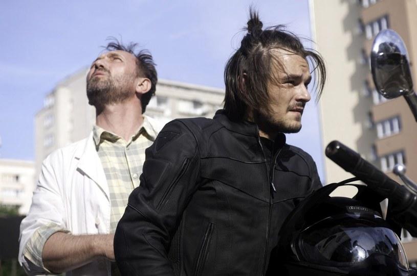 """Film Jerzego Skolimowskiego """"11 minut"""" zainaugurował w czwartek, 6 października, w Wilnie 16. Festiwal Filmu Polskiego, w którego ramach w litewskiej stolicy, a także w Kownie, Kłajpedzie, Możejkach i Solecznikach w ciągu 10 dni zostanie zaprezentowanych 27 filmów polskiej produkcji."""