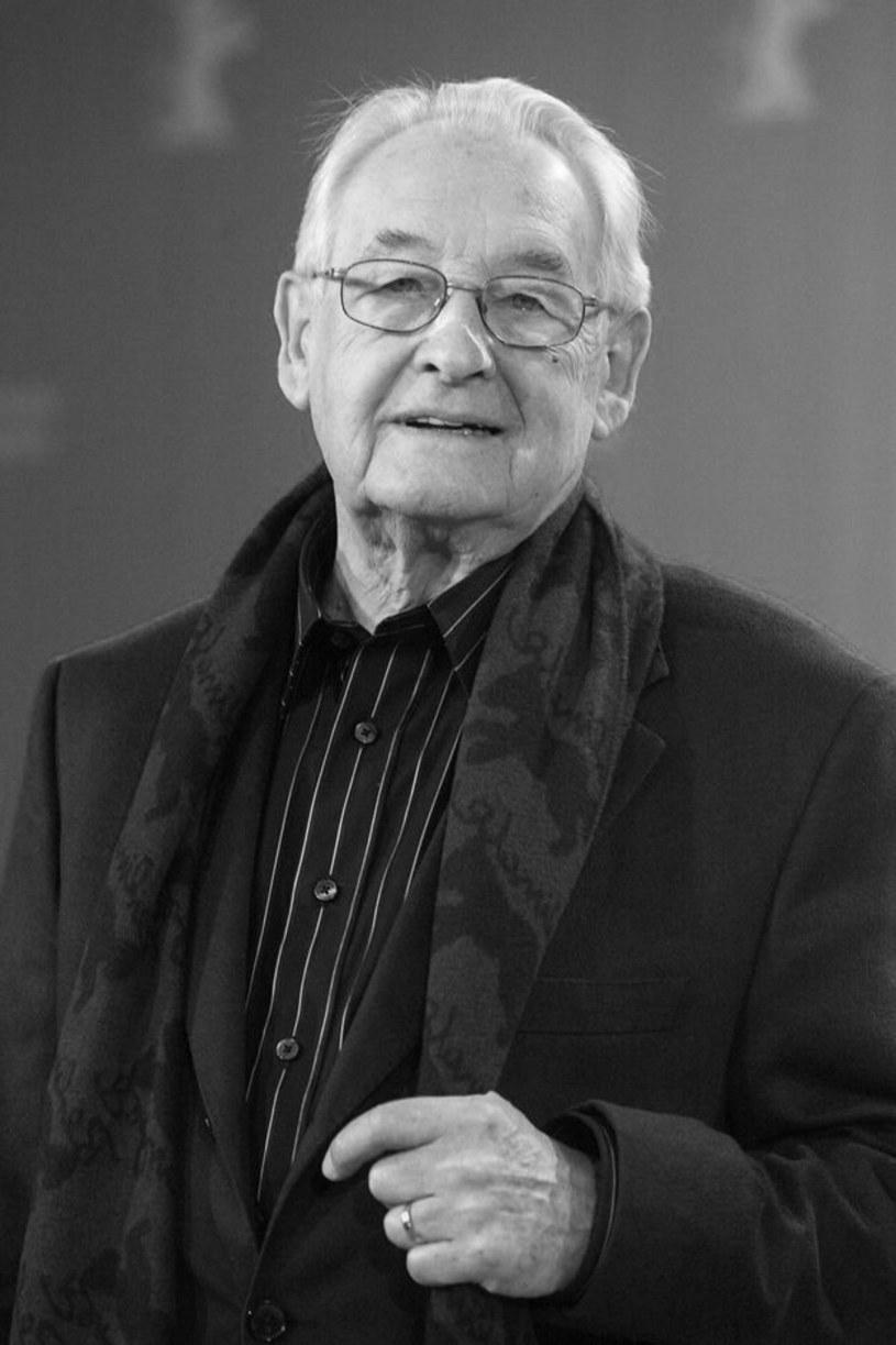 """Był reżyserem """"rozkochanym w aktorach"""", uruchamiał ich wyobraźnię, dawał wolność, inspirował, udzielał niezapomnianych wskazówek, miał wyjątkową intuicję -  m.in. takie opinie na temat zmarłego w niedzielę Andrzeja Wajdy wyrażali od lat artyści, którzy z nim współpracowali."""
